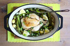 Kip in een pannetje met voorjaarsgroenten - Francesca Kookt