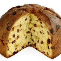 Panetone is an Italian sweet bread recipe, with raisins and candied fruit. Traditionally a Christmas bread, you can enjoy this panettone recipe all year. Sweet Italian Bread Recipe, Italian Bread Recipes, Sweet Bread, Italian Cake, Italian Panettone, Panettone Bread, Recipe For Hollandaise Sauce, Candied Carrots, Christmas Bread