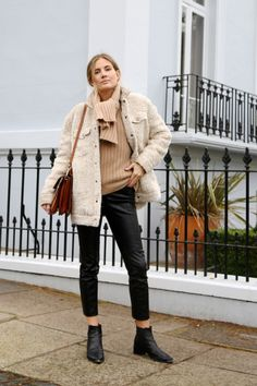 Lucy Williams - Fashion Me Now blog | Outfit Perfection | Street Style | via Fashion Gone Rouge