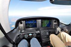 Cirrus SR22 Cockpit   Flickr: partage de photos!