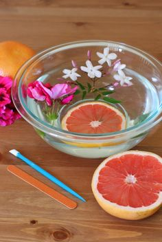 Red Grapefruit and Honey Manicure Soak Treat yourself to a manicure at home. Red grapefruit and honey give this warm soaking water a wonderful, relaxing aroma. Use it to soak your fingers before...