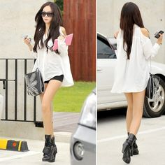 White Delicate Sleeveless Korean Fashionable Summer Women*s Shirt