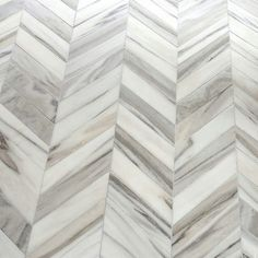 Rich in #natural details this #chevron #tile is so #marble #lush! It's the Tayla Collection by #sarabaldwin by @marblesystems. / #tiletuesday #naturalstone #stone #tiles #tiled #tiler #floor #flooring #interior #interiors #interiordesign #homedesign #homedecor #interiordesigner #idcdesigners #designer #design #interiorstyling #tilework #tileaddiction #ihavethisthingwithtiles  #interiorinspo by tiletuesday