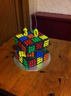 Rubik's cube cake Birthday Cakes For Men, Themed Birthday Cakes, 12th Birthday, Man Birthday, Cubs Cake, Bolo Youtube, Birthday Dinners, Love Cake, Cake Creations