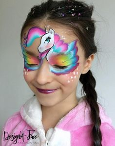 When you think about face painting designs, you probably think about simple kids face painting designs. Many people do not realize that face painting designs go beyond the basic and simple shapes that we see on small children. Face Painting Unicorn, Girl Face Painting, Face Painting Designs, Body Painting, Face Paint Makeup, Eye Makeup, Unicorn Makeup, Unicorn Facepaint, Henna