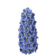 4 Ideen zum Dekorieren mit Gläsern und Flaschen - Servus Magazin Floral Tie, Seen, Delphinium, Decorating Jars, Summer Flowers
