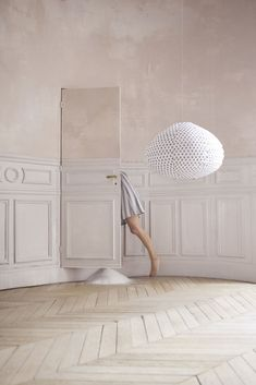 Keffieh lampshade by Paris au mois d'août Photo : Maia Flore Photo stylist : Elodie Rambaud