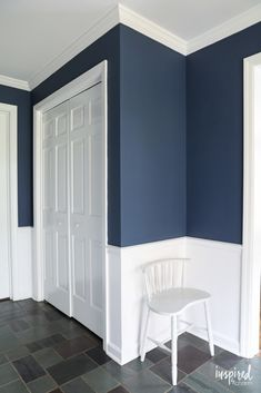 A look at my newly painted entryway. Color: Farrow and Ball Stiffkey Blue A look at my newly painted entryway. Color: Farrow and Ball Stiffkey Blue Hallway Colours, Hall Paint Colors, Entryway Paint Colors, Blue Paint Colors, Stiffkey Blue, Flur Design, Hallway Designs, Hallway Decorating, Farrow Ball