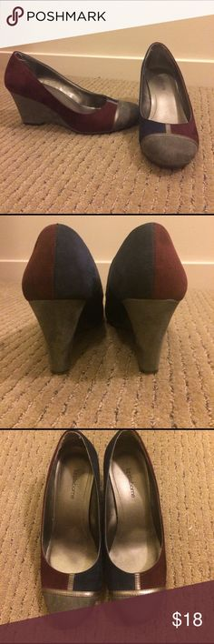 Liz Claiborne Wedge Heels! 2.5 inch grey wedge heel, grey toe, and maroon and navy blue, In great used condition! Liz Claiborne Shoes Wedges