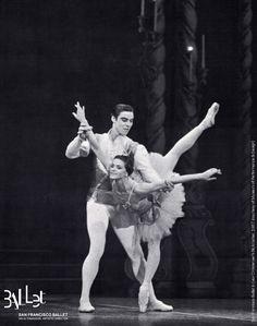 San Francisco Ballet: the Sugar Plum Fairy and her Cavalier in Lew Christensen's 'Nutcracker', 1967 (courtesy SF Museum of Performance & Design)