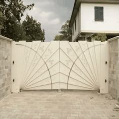 Very clever automatic gate design Tor Design, House Design, Design Design, Design Ideas, Automatic Gate, Automatic Driveway Gates, Exterior Design, Home Projects, Future House
