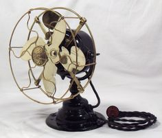 Old vintage fan, love!!