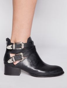 Western buckle cut out boots