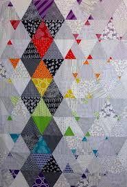 Résultats de recherche d'images pour «modern half square triangle quilts»