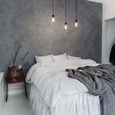 Whether you just moved into your new home or want to give a makeover to your old bedroom, need ideas to make your bedroom design stand out. So you want a modern bedroom but do not know where to sta… Home Bedroom, Modern Bedroom, Bedroom Ideas, Grey Wall Bedroom, Master Bedroom, Bedroom Inspiration, Bedroom Designs, Wall Paper Bedroom, Grey Bedroom Design