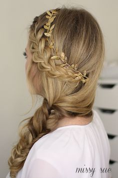"""The French fishtail braid is a beautiful clean hairstyle with hair forming a lovely woven plait from the crown ofRead More Stylish French Fishtail Braid Hairstyles"""" French Plait Hairstyles, Pretty Braided Hairstyles, Fishtail Braid Hairstyles, Braid Ponytail, Prom Hairstyles, Layered Hairstyles, Christmas Hairstyles, Updo Hairstyle, Braided Updo"""