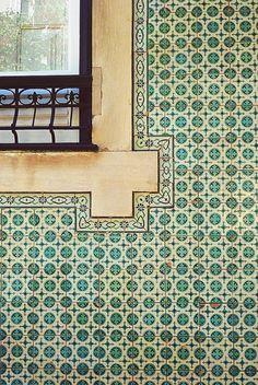 Portuguese tile | pattern