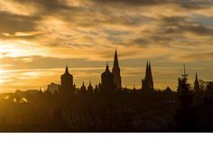 Explore the great range of things to see and do during a 24 hour break in Edinburgh.