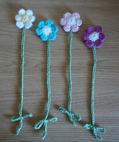 marianna's lazy daisy days: Flower Bookmarks ~ Teacher Gifts (free crochet pattern)                                                                                                                                                      More