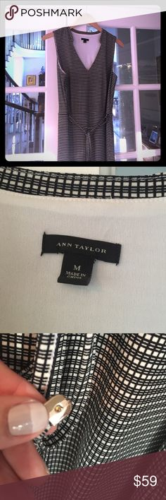 """Ann Taylor knit dress size M worn once Lovely super comfy easy to throw on Ann Taylor dress. Can dress up with heels and jewelry or down with flat sandals. I LOVE this dress but again I need a different size. Ann Taylor really fits true to size. Medium is medium. I'm 5'6"""" 128lbs and need a small. Ann Taylor Dresses"""