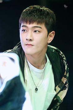 Ký tặng tại Việt Nam: iKON không hổ là đại diện nhan sắc của YG, KRUNK cuối cùng đã xuất hiện rồi! - Ảnh 15.