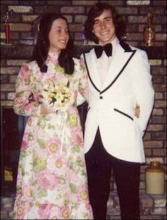 Prom dresses that look like they were made from Grandma's couch & bow ties that are as big as your head! Vintage Prom, Sweet Memories, Childhood Memories, 70s Fashion, Vintage Fashion, Vintage Style, Vintage Outfits, Vintage Clothing, Vintage Dresses