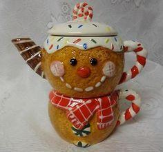 Vintage Christmas Ceramic Gingerbread Cookies Tea Pot & Cup Table Decor