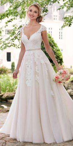 Stella York Spring 2017 romantic cap sleeve wedding dress