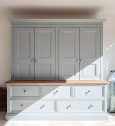 Beautiful hutch by Lewis Alderson. I think I would have glass in the doors though- for the breakfast room Kitchen Dresser, Kitchen Cupboards, Kitchen Pantry, Kitchen Storage, New Kitchen, Kitchen Dining, Dining Table, Kitchen Ideas, Larder Cupboard