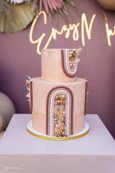 Rainbow First Birthday, Baby Girl Birthday, Fancy Birthday Party, Fancy Cakes, Cute Cakes, Boho Cake, Princess Party, Beautiful Cakes, Cake Designs