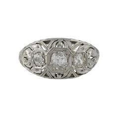 Idée et inspiration bague:   Image   Description   Edwardian Platinum & Diamond Filigree Ring