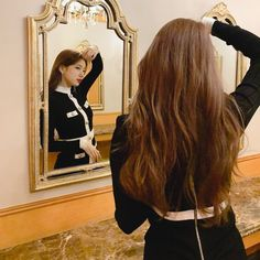 Check out Miss A @ Iomoio Suzy Bae Fashion, Suzy Instagram, Girls Tumbler, Bae Suzy, New Hair Colors, Korean Actresses, About Hair, Hair Inspo, Asian Beauty