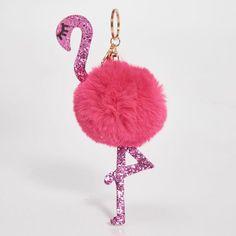 breloc flamingo. keychain. fluffy. pink. glitter. girly. gold. Crochet Earrings, Girly, Boutique, Pink Glitter, Keychains, Jewelry, Women's, Key Hangers, Key Fobs