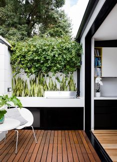 A clever renovation to a Sydney worker's cottage saw a barbecue area added which is essentially an extension of the kitchen. Courtyard Design, Garden Design, Outdoor Spaces, Outdoor Living, Outdoor Decor, French Chateau Homes, Barbecue Area, Edwardian House, Patio Interior