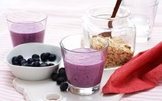 Blueberry and oat meal drink Frisk, Parmesan, Blueberry, Smoothies, Protein, Beverages, Pudding, Meals, Cooking