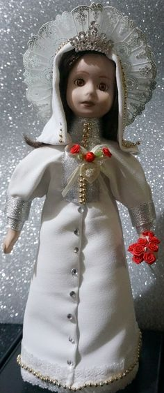 Religion and Dolls - as seen by Mary O'Neill Doll Museum