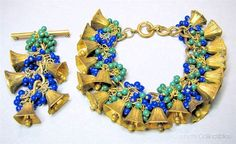 An incredible Miriam Haskell bracelet and pin set. Very early. This is a super quality set. Gold-tone. All of the elements are in excellent condition.