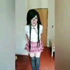 Ball Dresses, Ball Gowns, Prom Dresses, Wow Video, Memes, Skater Skirt, Peplum, Skirts, Humor