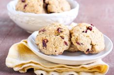 copycat chewy oatmeal raisin cookies inspired by Mrs. Fields copycat chewy oatmeal raisin cookies inspired by Mrs. Cranberry Dessert, Cranberry Sauce, White Chocolate Cookies, White Chocolate Chips, Oat Biscuit Recipe, Pampered Chef Stoneware, Cookie Recipes, Dessert Recipes, Oatmeal Raisin Cookies