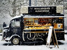 What you should know before starting a food truck business in Dubai or UAE? We can help you start food truck company in Dubai. Food Stall Design, Food Truck Design, Food Truck Business, Marker, Foodtrucks Ideas, Starting A Food Truck, Mobile Food Trucks, Food Kiosk, Best Food Trucks