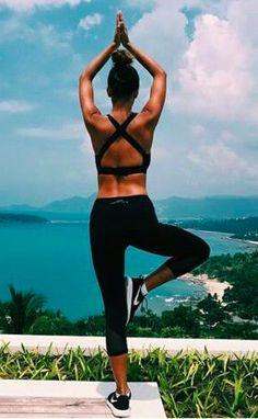 La practica del Yoga está totalmente implantada y se convierte en una actividad cotidiana.