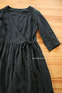 I have a westernized, simple, wrap dress pattern that would probably work well. I think this is from Simple Modern Sewing (Japanese pattern book) Sewing Clothes, Diy Clothes, Dress Sewing, Looks Style, My Style, Diy Kleidung, Linen Dresses, Maxi Dresses, Wrap Dresses