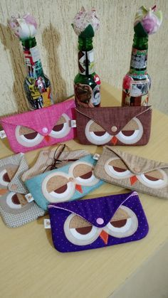 Hobbies And Crafts, Diy And Crafts, Fabric Crafts, Sewing Crafts, Owl Bags, Owl Crafts, Patchwork Bags, Sewing Projects For Beginners, Glasses Case