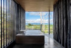 Nestled within a quiet forest in northern Hokkaido, Japan, new ryokan Zaborin expresses the beauty of nature with simplicity and refinement. Kyoto, Exterior Design, Interior And Exterior, Sunken Bath, Tokyo, Hotel Concept, Outdoor Baths, Wallpaper Magazine, Japan Travel