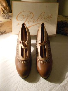 Chaussures anciennes 1900-1940
