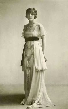 Lily Elsie summer evening gown 1910