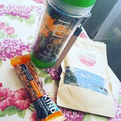 Healthy breakfast on vacay. Stay tuned for a great black Friday deal coming from @teamiblends this week. You do not want to miss it after the holiday food fest! Use code AMYW10 for 10% off now. #kindbar #need #thankyouteami #teamiblends #teamicommunitea #naturalweightloss #curbappetite #fightcravings #boostmetabolism #organic #looseleaftea #teami #teatox #lifestyleblogger
