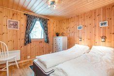 Wow! Sjekk disse før- og etter bildene! - Franciskas Vakre Verden Divider, Bed, Room, House, Furniture, Home Decor, Ideas, Modern, Bedroom