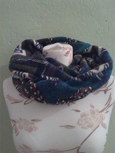 gemusteter loop aus schönem strick