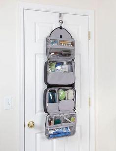 nice Best Hanging Toiletry Bag For Women. Really Large Hanging Travel Toiletry Kit. Best Travel Luggage, Travel Packing, Kids Luggage, Hand Luggage, Luggage Sets, Ideas Baños, Bag Essentials, Travel Bags For Women, Travel Toiletries